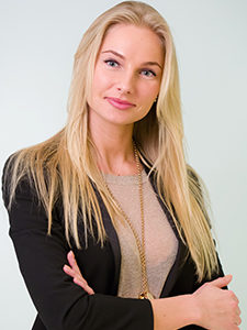 Christina Smola